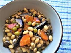 大豆と野菜の煮もの