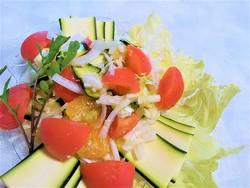 サラダトマトキューリ